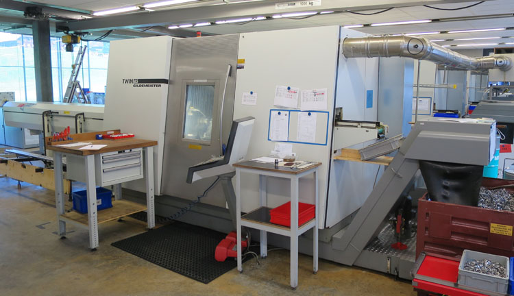 CNC Turning & milling centers GILDEMEISTER TWIN 65 V8